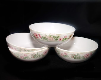 Set of four vintage Royal Doulton Bronte coupe cereal bowls. Doulton Expressions made in Indonesia.