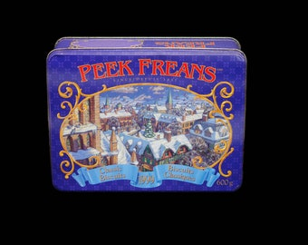 Vintage (1999) Nabisco Peek Freans Classic Biscuits Christmas cookie tin (empty).