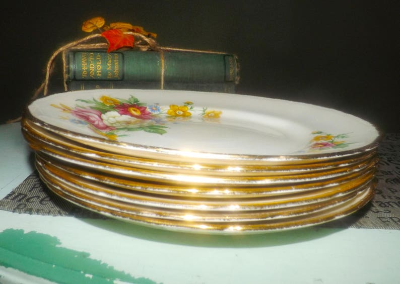 22K-gold edge Booths /& Colclough Riverdale dinner plate Embossed 1940s flowers. Early mid-century Royal Swan
