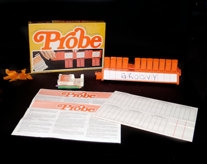 Vintage (1976) Probe board game published in Canada by Parker Brothers. Game of Words. Complete.