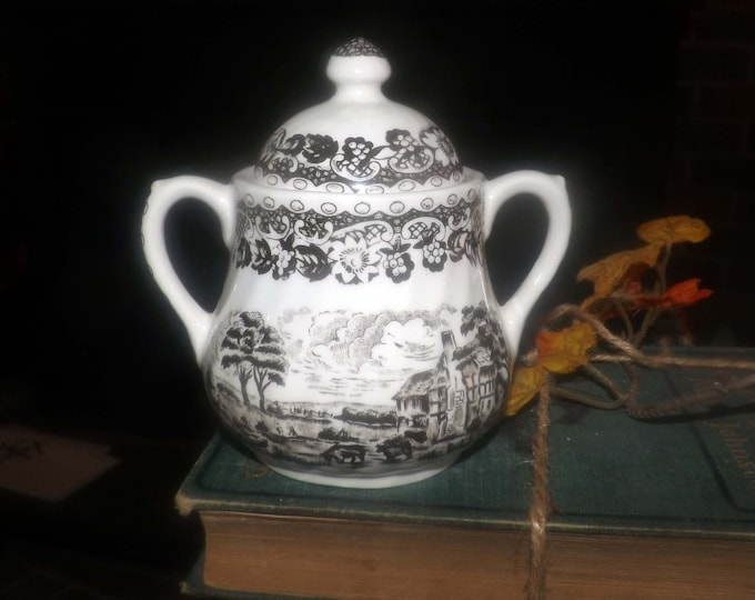 Mid-century Barratts Elizabethan Brown transferware covered sugar bowl made in England.