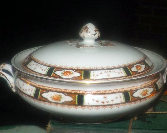 Vintage (1930s) Sampson Bridgwood | Anchor Pottery Conway art deco Imari covered vegetable serving bowl. Double handles.