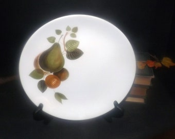 Vintage (1960s) Johnson Brothers JB395 dinner plate made in England. Green pears. Sold individually.
