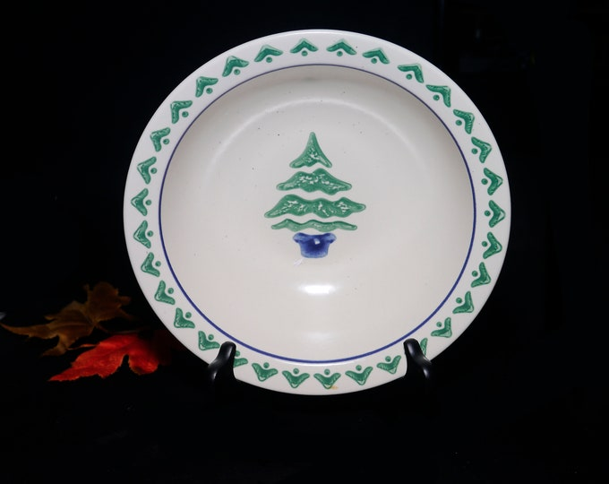 Vintage Pfaltzgraff Nordic Christmas round vegetable serving bowl. Central Christmas tree. Holiday stoneware made in the USA.