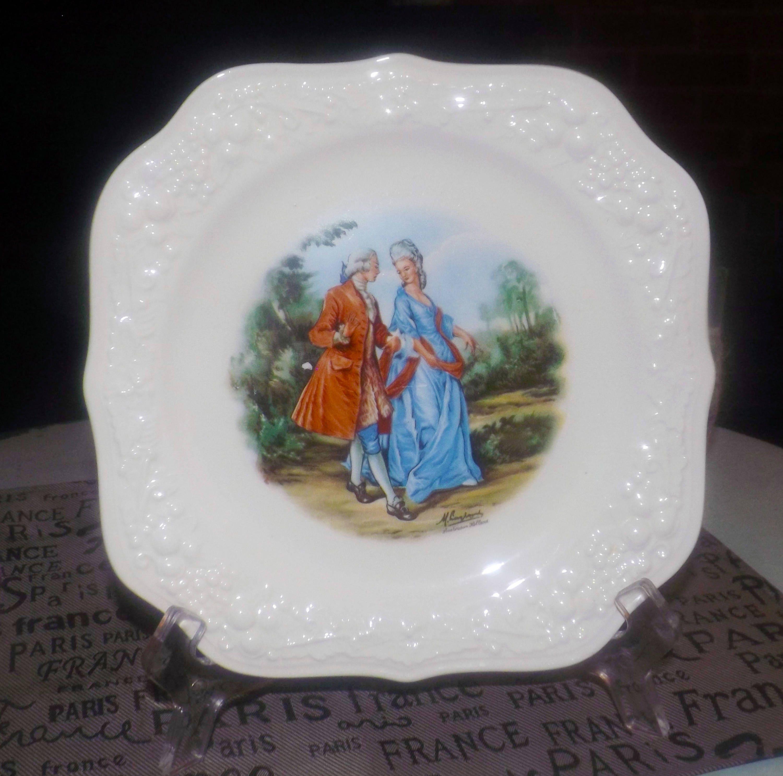 Early mid-century 1940s Fragonard Langbroek signed squared salad plate Creamware rim plate. Homer Laughlin USA Theme Eggshell series