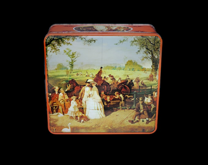 Mid century Huntley Palmers A Summer Day in Hyde Park large square cookie or biscuit tin made in England. HBS 3733/2947.