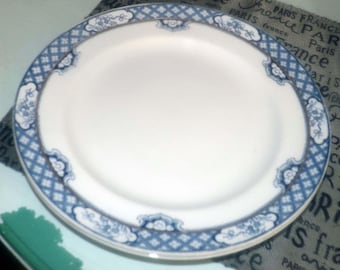 Antique ( pre-1890) and  Sampson Bridgwood & Son | Anchor Pottery hand-painted Borden pattern blue-and-white dinner plate. Gold band.