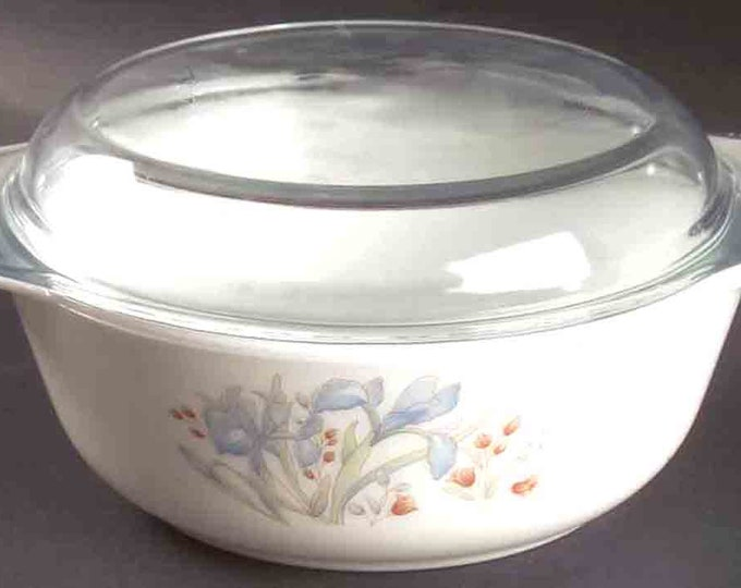 Vintage (1970s) Pyrex Blue Iris casserole | Cinderella dish with original glass lid. Made in England. Choice of size.