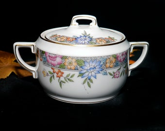 Antique (early 1920s) Hutschenreuther Royal Bavarian Vernon art nouveau covered sugar bowl. Three groups flowers, swags.