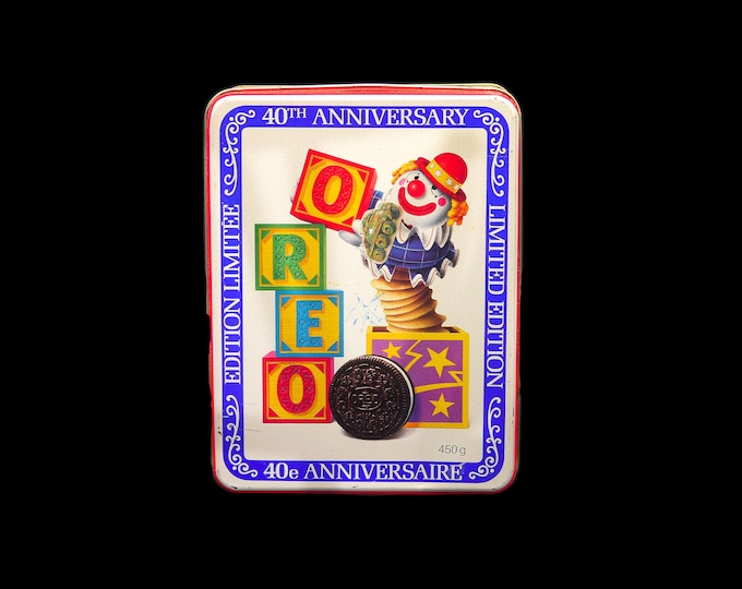 Vintage Oreo Cookies 40th Anniversary limited-edition tin. Bilingual English | French. Jack in the box and blocks on lid.