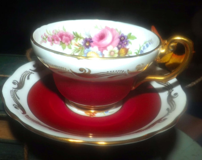 Mid-century Foley 3583 hand-decorated maroon and roses wide-mouth tea set made in England.