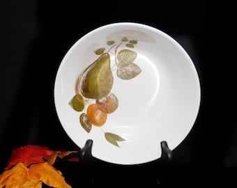 Vintage (1960s) Johnson Brothers JB395 round vegetable serving bowl. Snowhite Regency ironstone made in England.