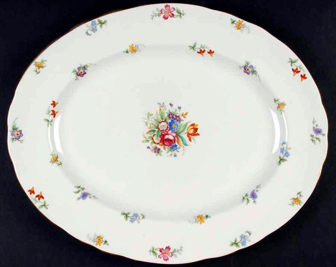 Early mid-century Tuscan Bone China Bouquet oval vegetable serving platter made in England.