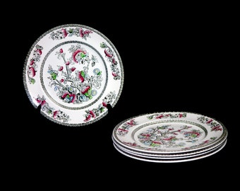 Vintage (1970s) Johnson Brothers Indian Tree dinner plate made in England. Classic Chinoiserie. Sold individually.