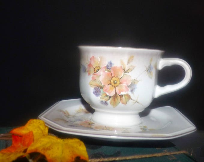 Vintage (1980s) Mikasa F3012 Black Berries cup and saucer set. Vintage stoneware made in Japan. Sets sold individually.