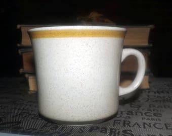 Vintage (1980s) Heartland Japan Garden Festival pattern stoneware orphan tea cup | mug only (no saucer).  Beige ground, yellow band.