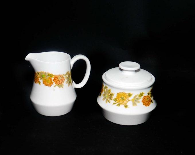 Retro vintage (1970s) Noritake Sunny Side 9003 creamer and covered sugar bowl. Progression stoneware made in Japan.