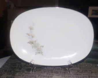 Vintage (late 1960s - mid 1970s) Noritake Soroya 6853 oval vegetable serving platter. Green flowers, leaves, gold edge. Made in Japan.