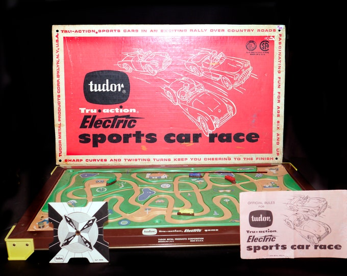 Mid century Tru Action Electric Sports Car Race Game Model 530 made in USA by Tudor Metal Products. Complete with instructions.