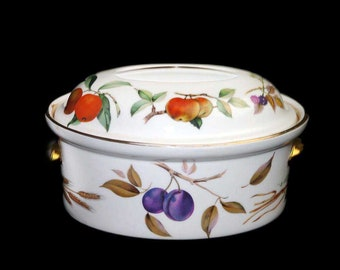 Vintage (1980s) Royal Worcester Evesham Gold oval covered casserole dish. Shape 24, Size 4. Made in England.