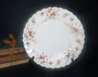 Mid-century Myott Heritage M411PU dinner plate made in England. Sold individually.
