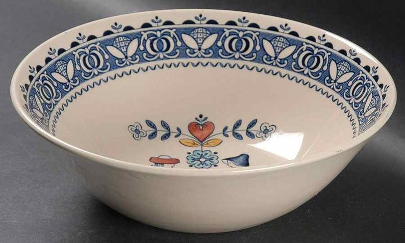 Johnson Brothers Hearts and Flowers hand-decorated vegetable serving bowl with bonus Vintage 1970s Old Granite ironstone.
