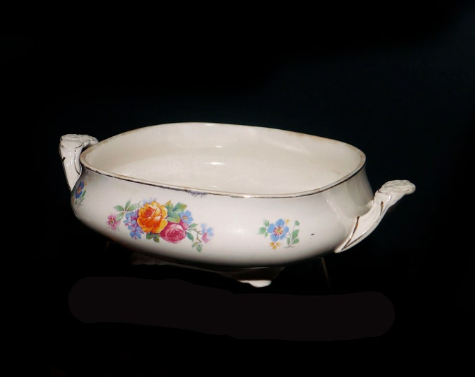 Antique (1890s) Wedgwood Mary Stuart Victorian-era art nouveau square vegetable serving bowl made in England. Flawed (see below).