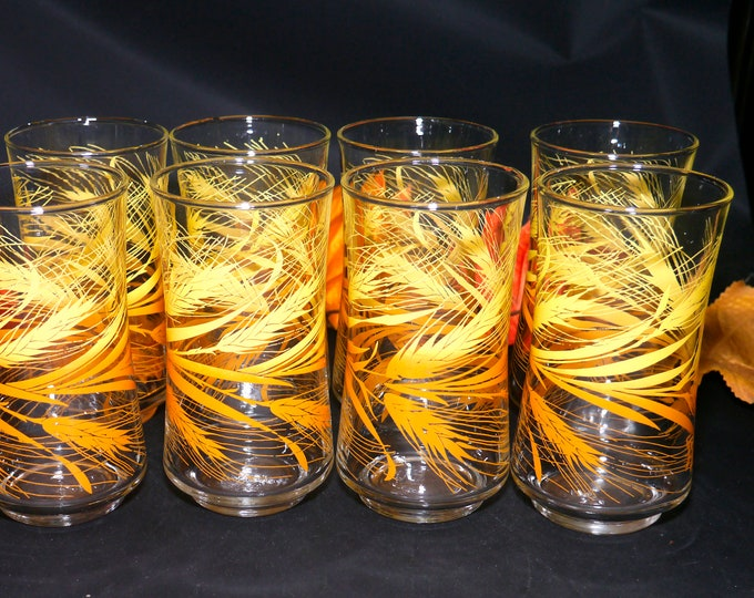 Set of eight vintage (1970s) Libbey Golden Wheat 10-ounce tumbler glasses. Etched-glass wheat sheaves. Made in the USA.