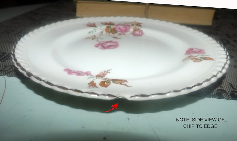 Old English ironstone Flawed. or side plate dessert Johnson Brothers Miniver Rose hand-decorated bread-and-butter 1920s Almost antique