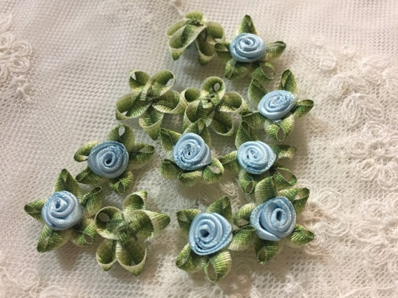 100 Light Green/& Green Satin Ribbon Mini Rose Flower Head Craft  Trim Appliques