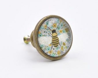 Vintage Bee Print Knob, Pull, Handle, For Cupboards, Doors, Cabinets,  Drawers, Furniture, Kitchens (Plus Fitting Hardware)