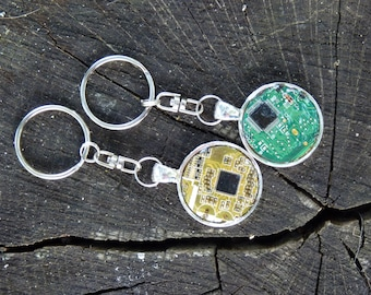 Real computer circuit board / PCB / Motherboard key chain - repurposed techie gift - computer present, jewlery, key chain, accessory