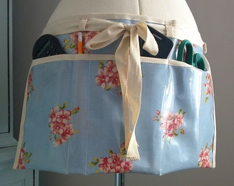 Oilcloth Gardener's Apron, Mothers Day Gift, Gardening Gift. Oilcloth apron, Utility Apron, Vendors Apron, Teachers Apron, Half Waist Apron