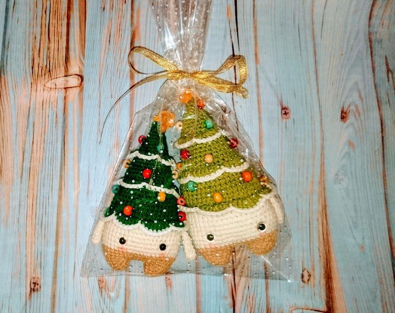 Best coworker /& Christmas gift for boss Secret Santa gift exchange small crochet plush stocking stuffer toy corporate stuffed Xmas tree