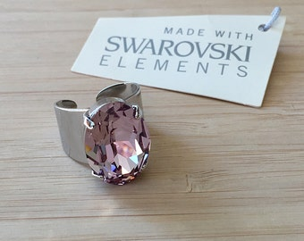 Valerie Ring. Beautiful Statement Sparkly Ring with Light Amethyst Swarovski Crystal. Big Pink Ring. Shiny Ring.