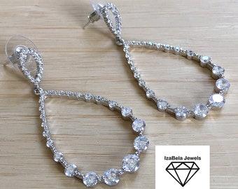 High Quality Shiny Cubic Zirconia Earrings. Teardrop Shape Earrings. Pear Shaped Earrings. Bridal Earrings.