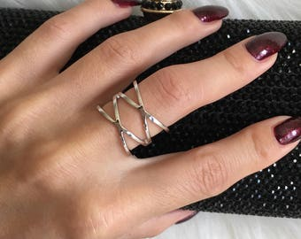925 Sterling Silver Double XX Ring. Cross Ring. Statement Silver Ring. Trendy Ring. Size 7