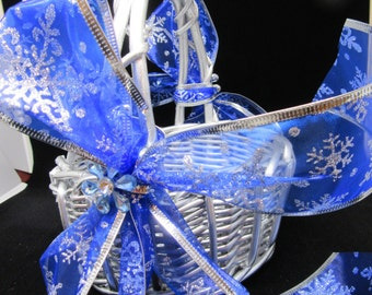Basket Flower Girl Vintage Round Silver Wicker Marina Blue Snowflake Bow Crystal Accent Flowers Wedding Gift Storage Home Decor Cottage Chic