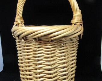Basket Vintage Basket Natural Woven Basket Unique Basket Home Decor Country Decor Primitive Decor Gift Storage Centerpiece Table Decor
