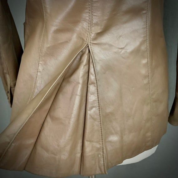 1970's Women's Taupe Brown Leather Fall Blazer Ja… - image 10