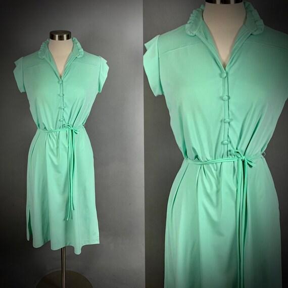 Vintage 70's Mint Green Short Sleeve Disco Dress - image 1