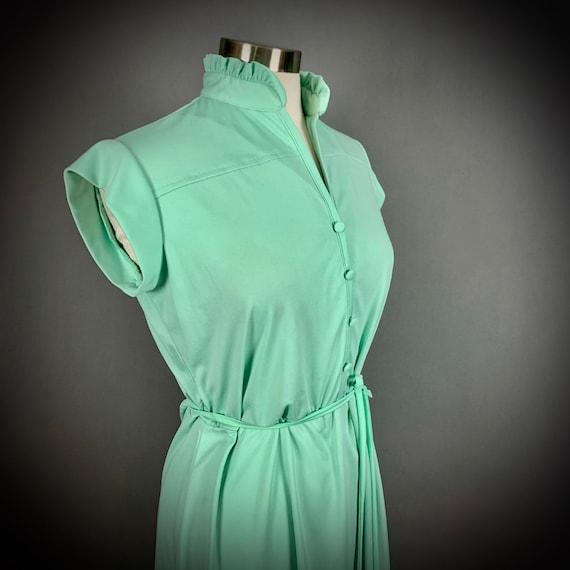 Vintage 70's Mint Green Short Sleeve Disco Dress - image 6