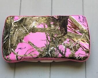 Pink Camo Mossy Oak, Wipe Case, Wipes Case, Baby Wipe Case, Wipes Holder, Travel Wipe Case, Baby Wipes Case, Baby Gift, Babyshower