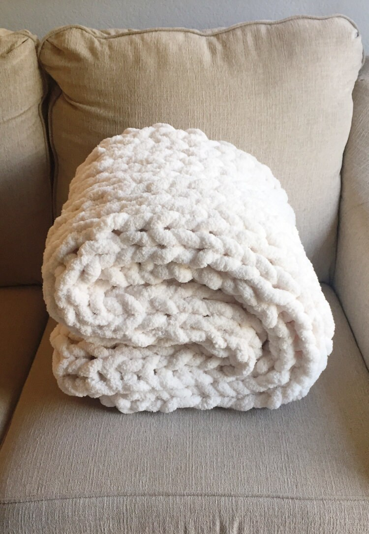 Super Chunky Knit Blanket, Chunky Knitted Throw, Knit Chenille Lap Blanket, Hand Knit Afghan, Chunky Knits, Cream Blanket, Jumbo Lapghan