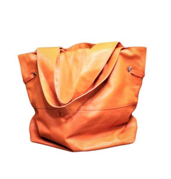 Givenchy Orange Leather Shoulder Bag-Luxury Designer Vintage  99da5e33d2398