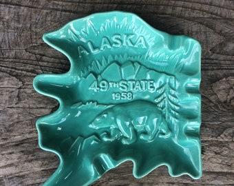 Vintage Royal Haeger Alaska Souvenir Ashtray