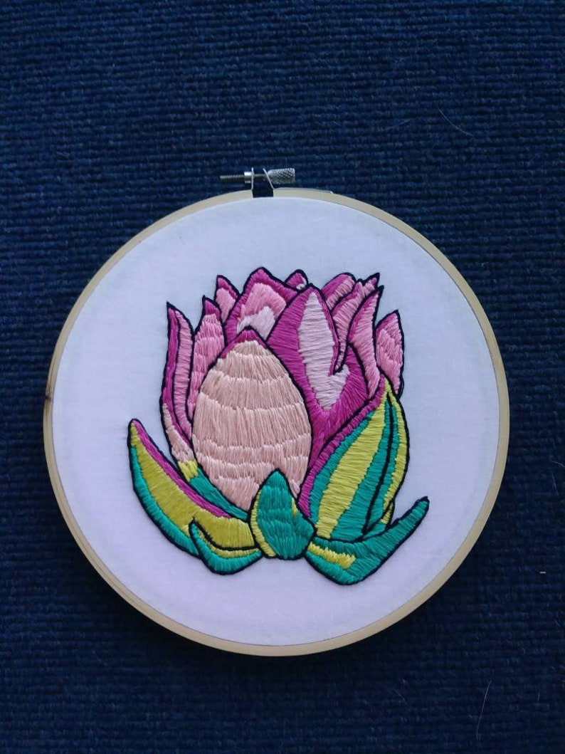 Moving Gift Floral Decor Pink Flower Flower Embroidery Floral Embroidery Housewarming Gift Nature Embroidery Natural Embroidery