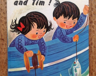 """Retro book about twin adventurers """"Hullo Topsy and Tim!""""  Blackie:London and Glasgow, first published 1971"""
