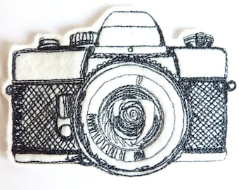 Appareil photo écusson patch broderie thermocollante