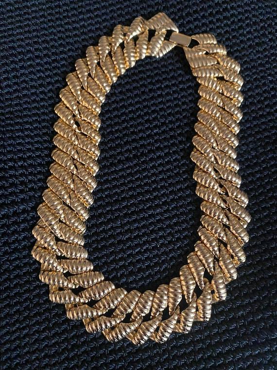 Napier Vintage Gold Tone Collar Necklace-Napier Ch